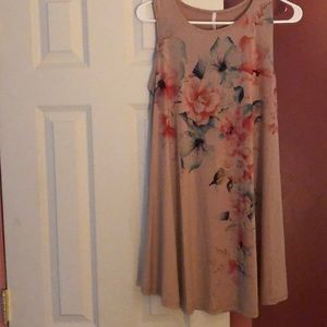 Taupe floral tunic Sz 1X 42 pops NEW